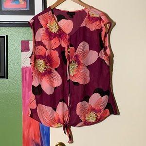 Worthington Beautiful Floral Blouse